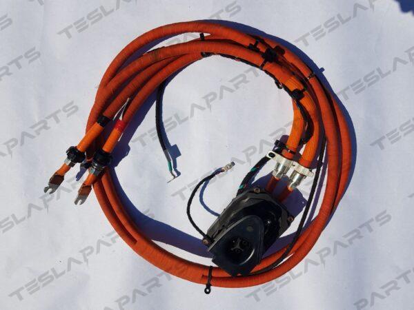 Парт номер: 1026041 00 L 2 600x450 - Порт зарядный