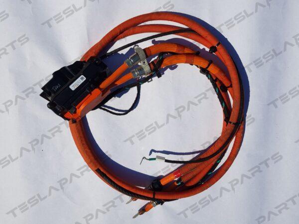 Парт номер: 1055873 10 S 1 600x450 - Кабель высоковольтный порта зарядки (в сборе с кабелем заземления)