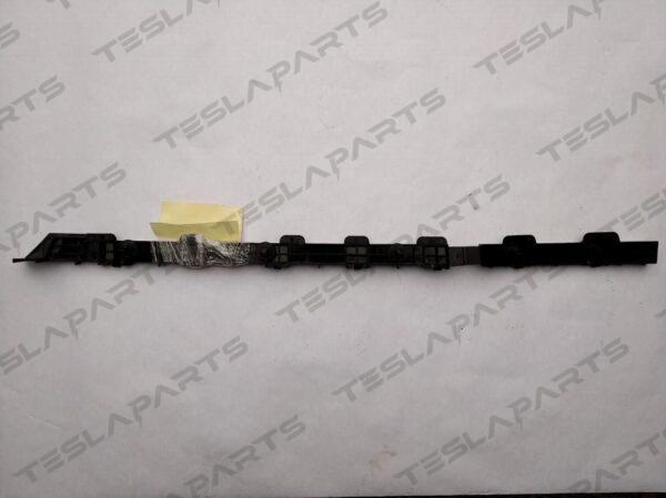 Парт номер: 10 rotated 600x449 - Кронштейн крепления заднего бампера левый {MX}