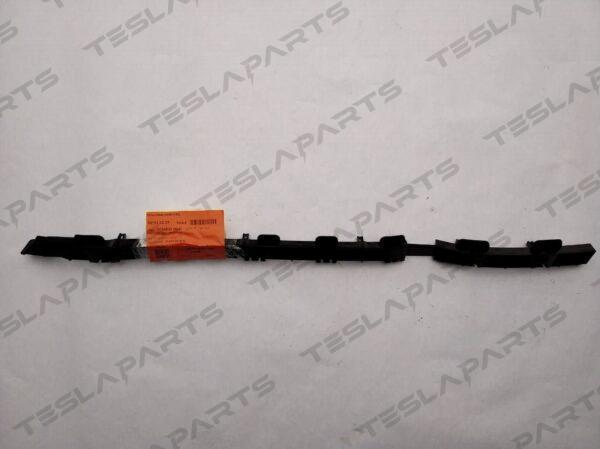 Парт номер: 5 rotated 600x449 - Кронштейн крепления заднего бампера правый {MX}
