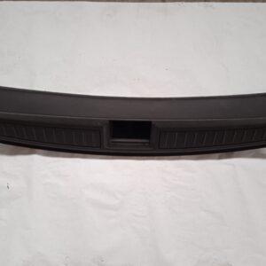 1010824-01-D - Отделка багажника пластик (под замок)